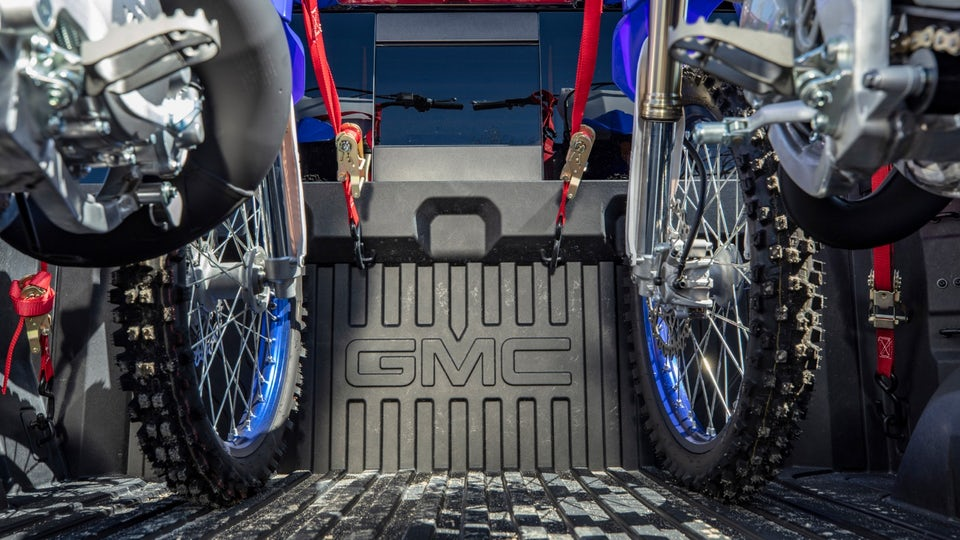 GMC puts carbon fiber to work in its truck beds