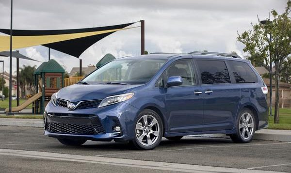 Review: 2019 Toyota Sienna Shows the Refinement That Comes With Age