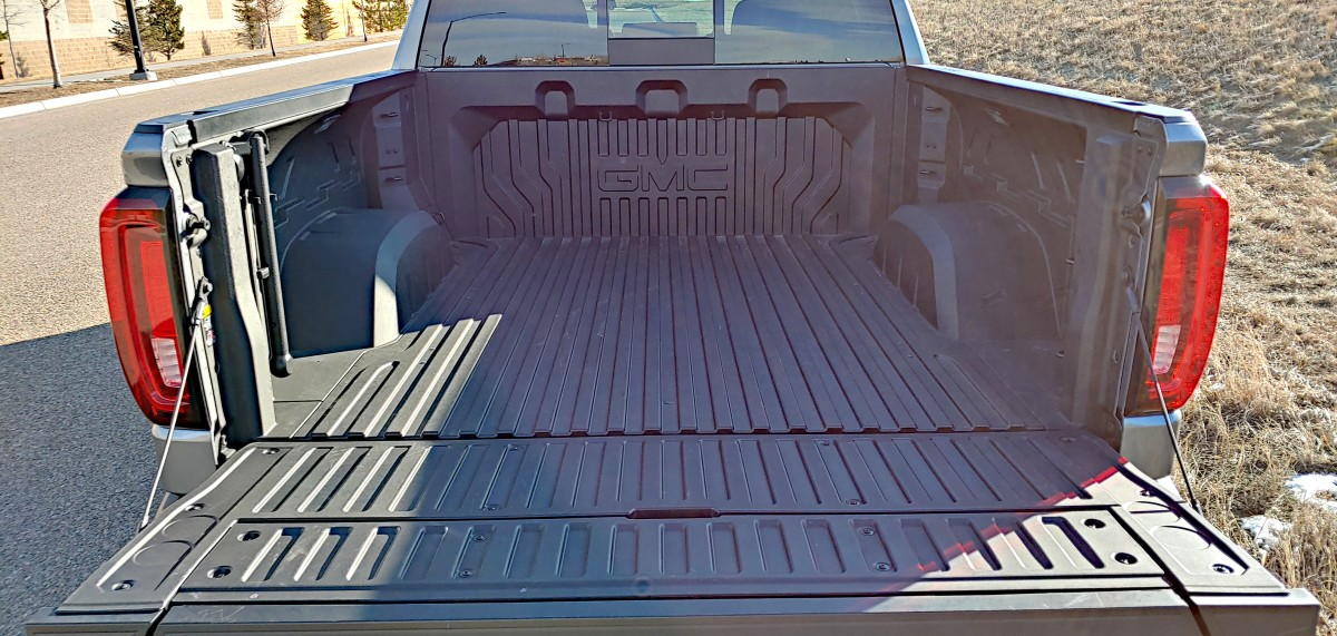 Carbon fiber as a pickup truck bed? We test the GMC CarbonPro