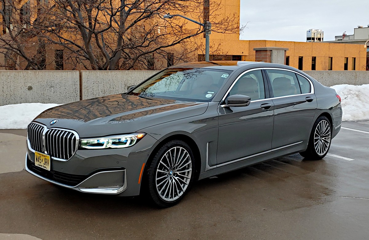 2020 BMW 7 Series sails beyond flagship territory