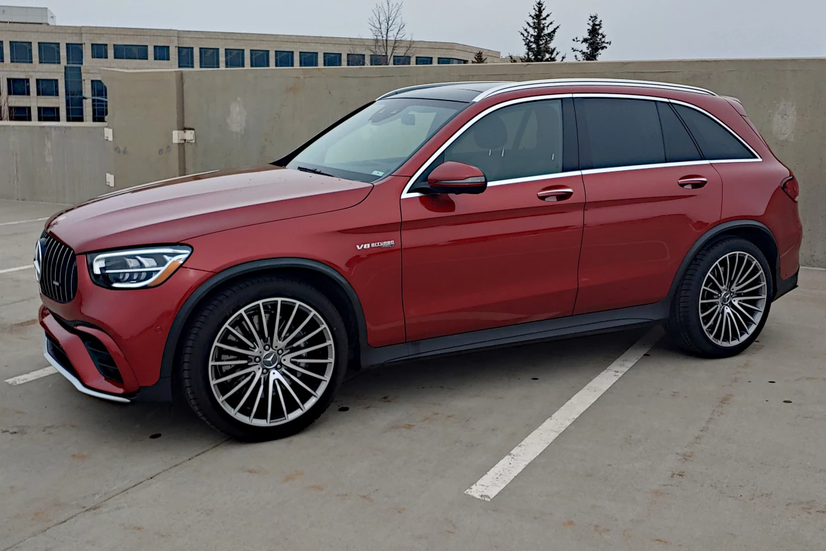 2020 Mercedes-Benz AMG GLC 63 is muscular and almost American