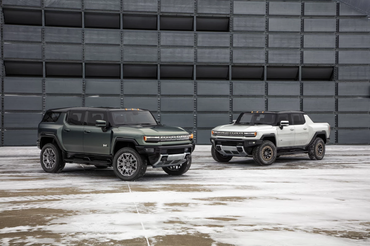 Production GMC Hummer EV SUV and Pickup unveiled and detailed