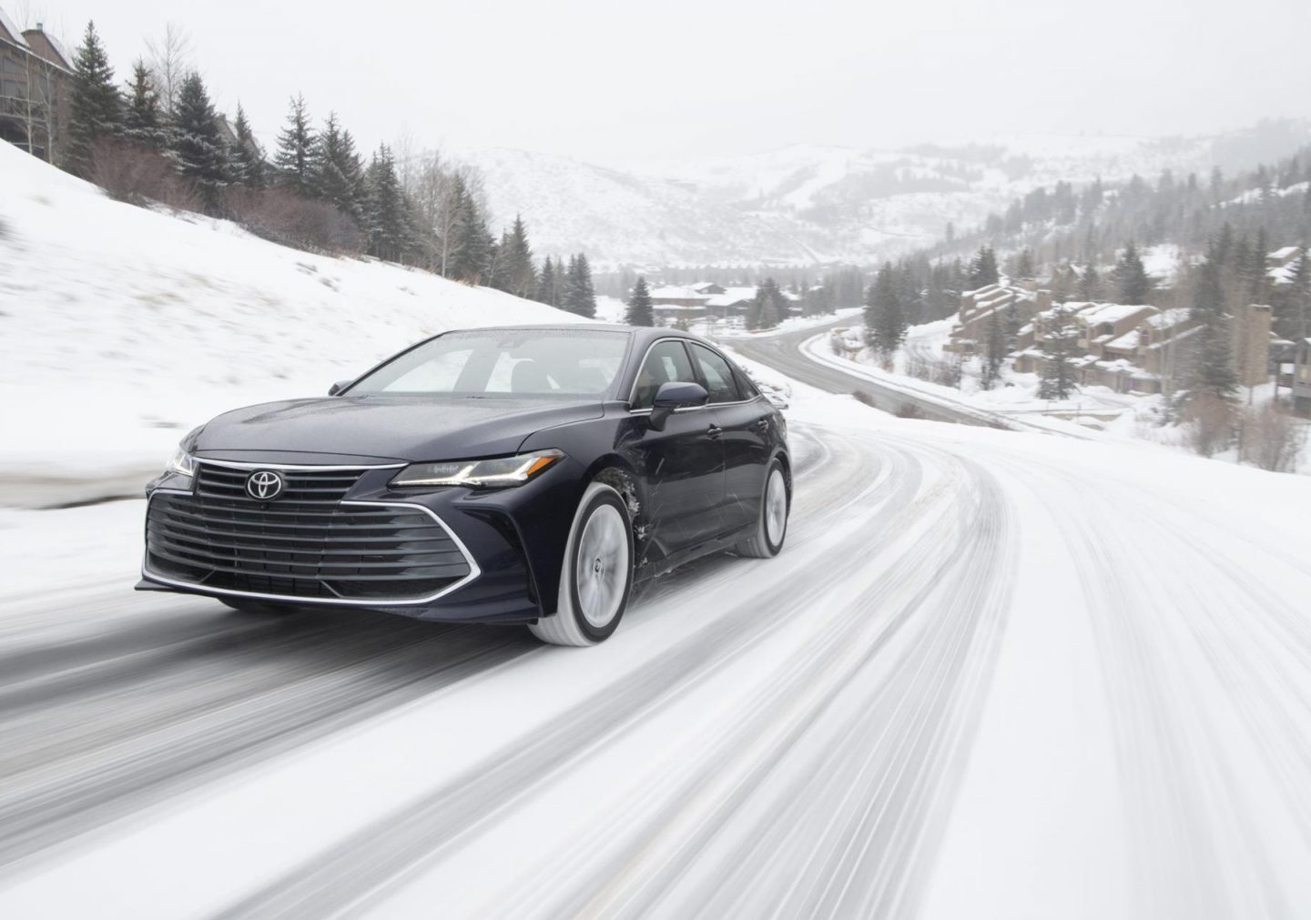 Review: 2021 Toyota Avalon Gets AWD