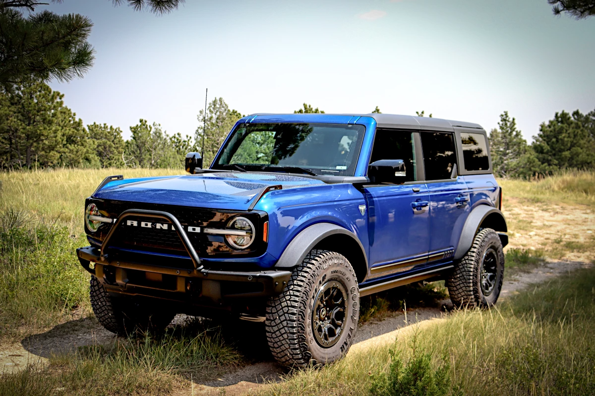 Review: New Ford Bronco looks like 1970, drives like 2021