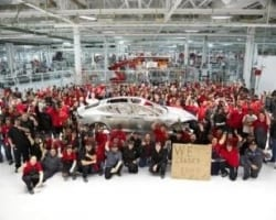 Tesla to deliver 5,000 Model S units by end of year