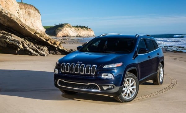 Revealed – new 2014 Jeep Cherokee before New York unveil