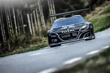 Peugeot 208 T16 Pikes Peak – taking the hill at 1 hp per kg
