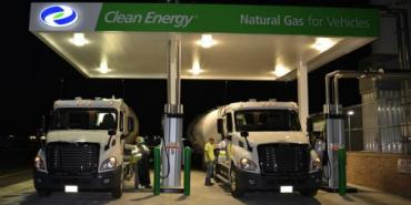 First 12L natural gas powered big trucks enter service in Georgia – What is the future of trucking?