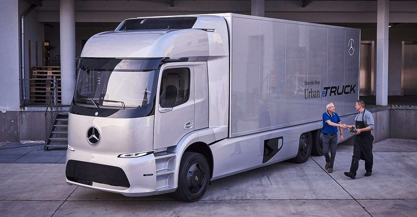 Tesla Semi will face stiff competition from Mercedes-Benz in electric truck movement
