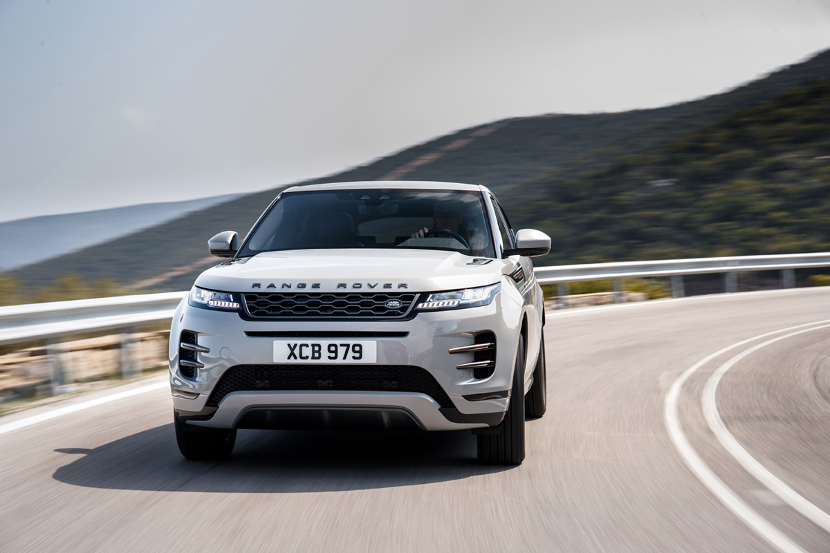 The 2020 Range Rover Evoque Is Luxury Off-Roading Done Well
