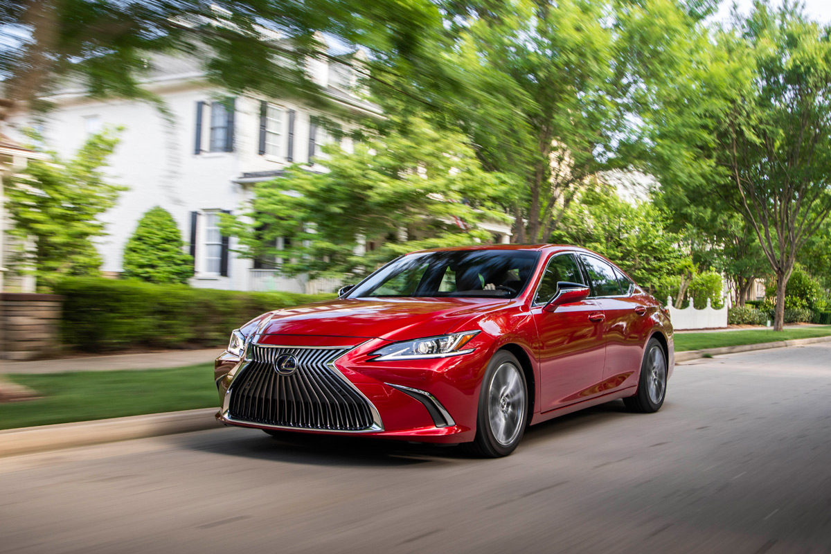 The 2019 Lexus ES 350 Offers Everything One Could Want In A Luxury Sedan